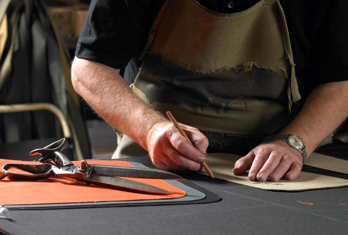 herdwick tweed bags in production